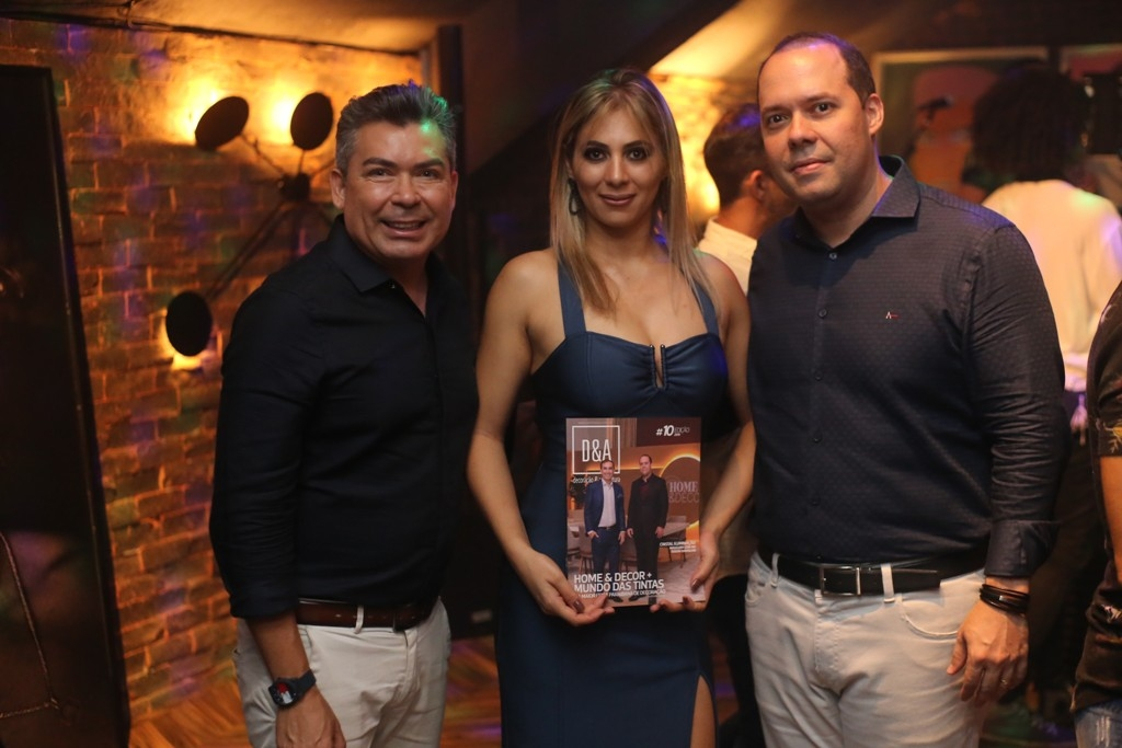 Convidados prestigiaram noite de lançamento no IT Club Night Bar
